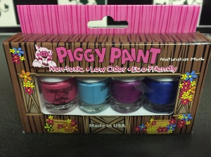 piggy paints with artificial colors, sold by food babe